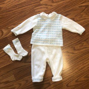 French Made Vintage Baby Blue Heart Knit Set